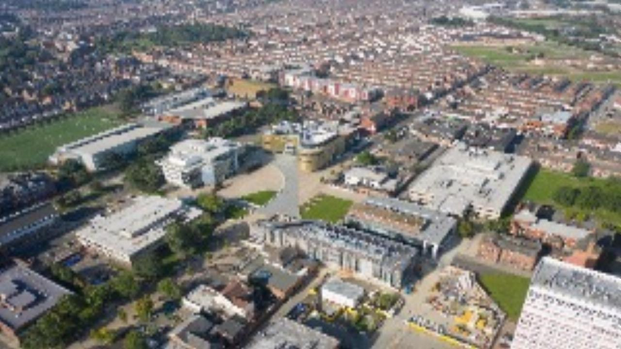 Teesside University - campus tour